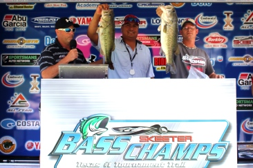 Lionel Serna & Justin Garnett top 246 teams on Cedar Creek and take home over $20,000.