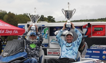 Bud Pruitt & Kevin Mason have a big day 2 and top 275 teams to take home a new Skeeter FX 20 - Yamaha SHO - Lowrance rig at the Team Championship presented by Yamaha on Lake Texoma.