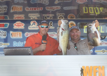 Mark Pena goes solo and takes home over $17,000 on Falcon with 24.21 lbs. Bronder and Leonard win Angler of the Year. Championship qualifiers will be posted asap.