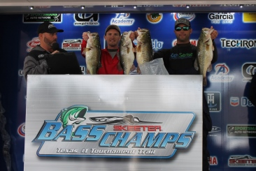 Shook & Iles top 332 teams on Rayburn - Win over $20,000 with 31.92 lbs.