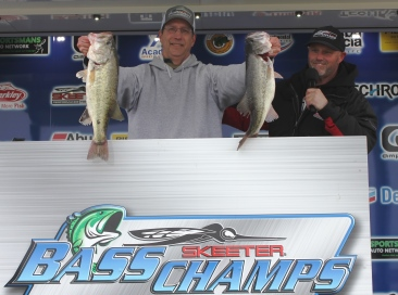 McDonald & Krzeminski win $20,000 on a tough Ray Roberts with 21.73 lbs