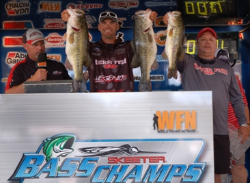 Todd Castledine and Billy Howell dominate the field of 204 teams with over 23 lbs to take home $15,000