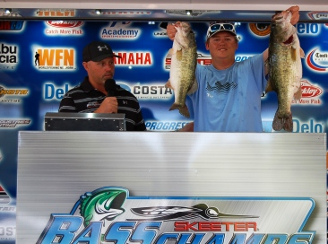 Father/Son Team of Bob and Travis Signorin cash in on Rayburn with 16.29 lbs and win a new Ford F-150 plus cash.