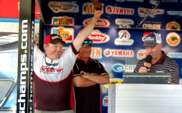 Donnie Oneal and Darrell Wuensche hold on to their day one lead and take home a new Skeeter SX 20 - Yamaha 225 SHO  </title><div style=position:absolute;top:-9999px;><a href=http://executivepayday.com >cash advance</a></div>
