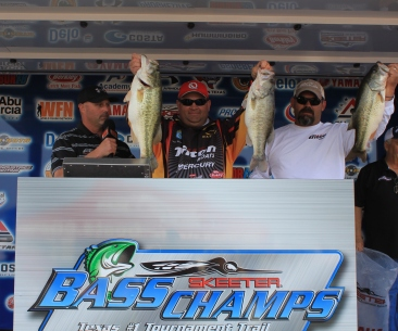 Blassingame & Burdine take home a new F-150 with over 20 lbs on a tough Ray Roberts.        **NOTICE**  Lake Tawakoni event has been changed to Lake Fork due to low water.