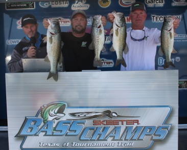 Steed & Haralson win over $20,000 with 25.05 lbs.  Stoker & Jeffrey win tight AOY Race